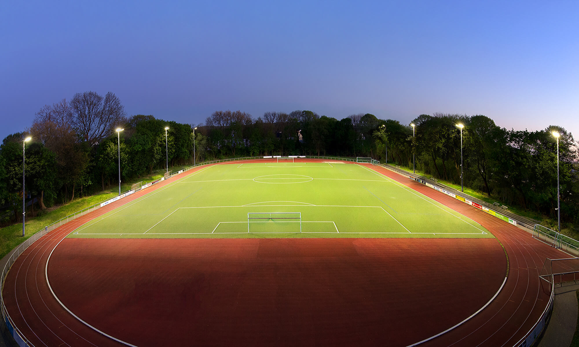 Beleuchtungslösung eines Sportplatzes